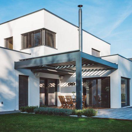 Fensterputzer Roth reinigt Fenster, Jalousien, Raffstores und Terrassenüberdachung